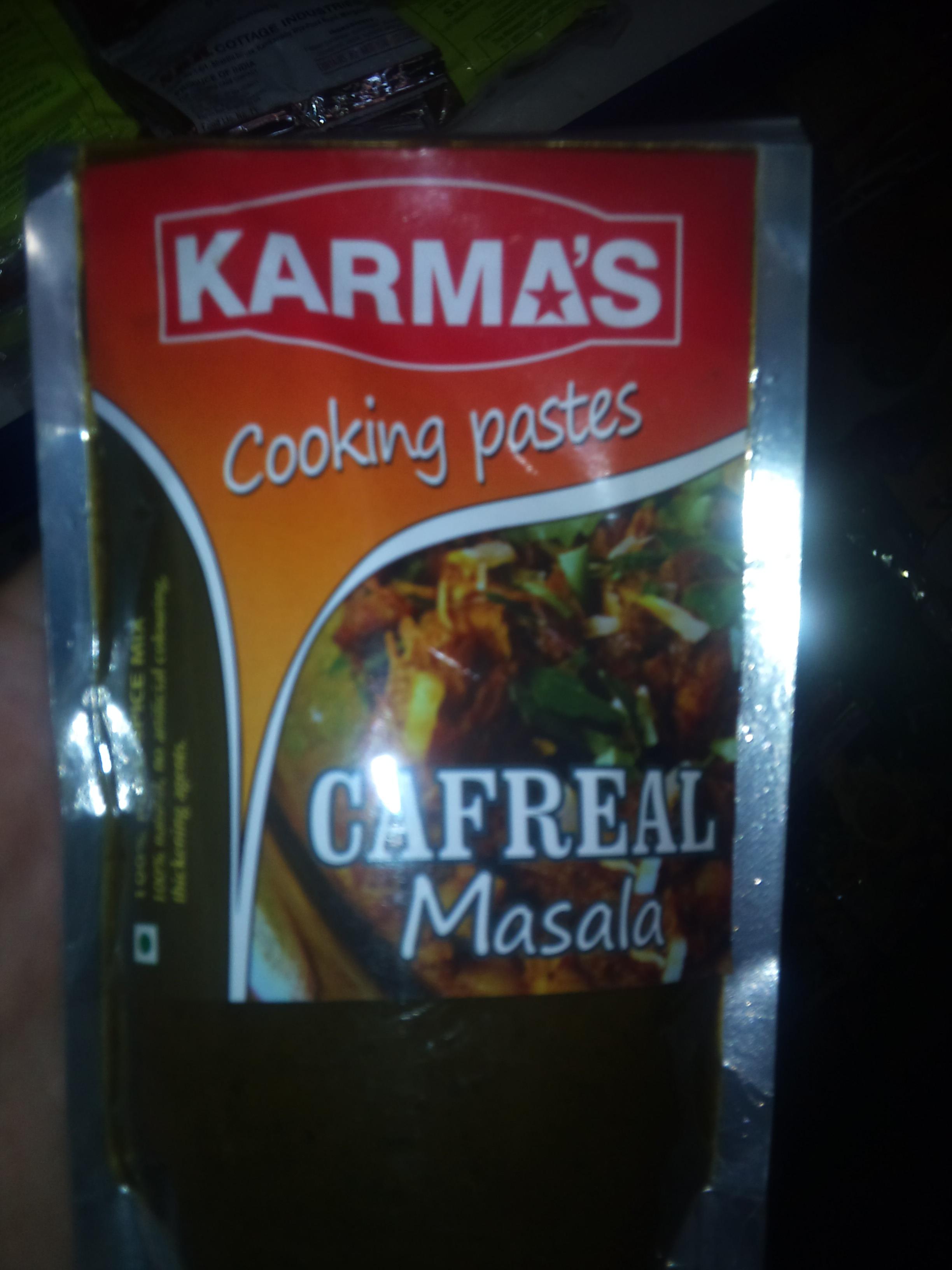 Cafreal Masala - пикантный гоанский соус для курицы с обилием зеленого перца чилли и специй - для истинных любителей острого! Стоимость пасты 100р.