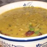 Дал Тадка (Dal Tadka) - распространенное блюдо домашней индийской кухни, приготовленное из красной и желтой чечевицы, перца чилли и специй. Стоимость заготовки 150р