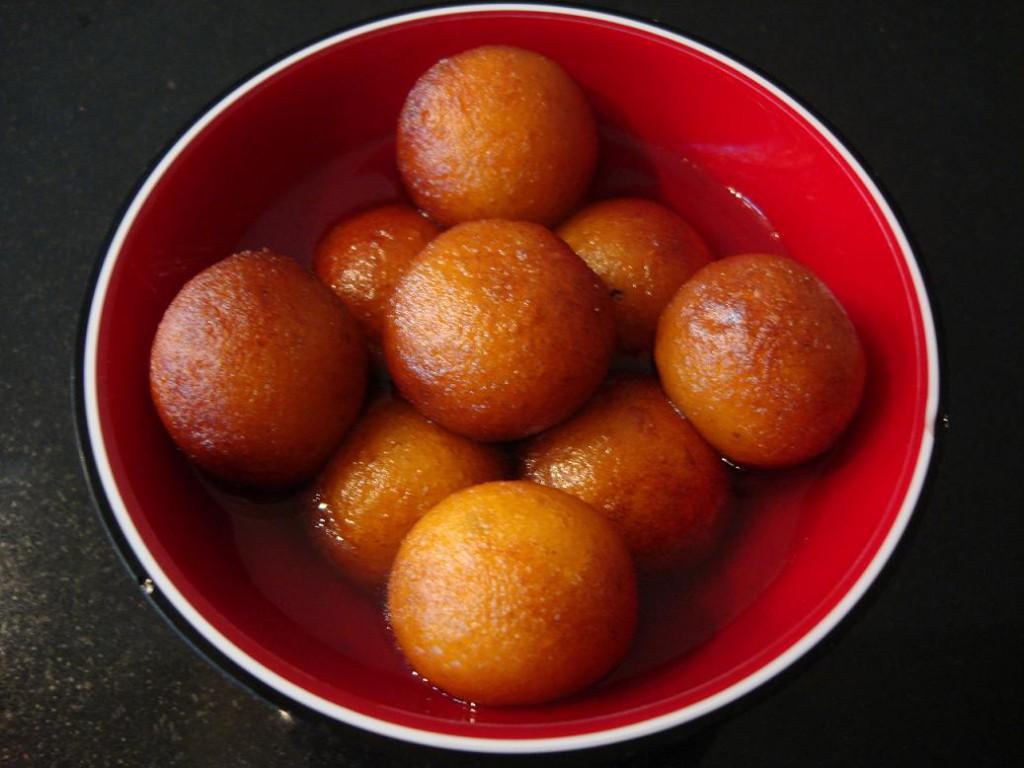 Гулаб Джамун (Gulab Jamun) Сладкие индийские шарики. Стоимость 100р